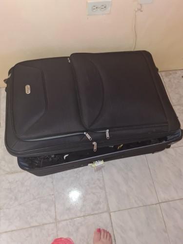4 Wheel Suit Case Brand New