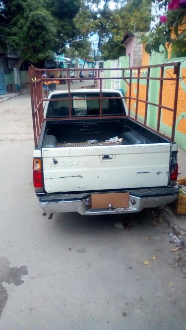 1986 Nissan Pickup Scrapping
