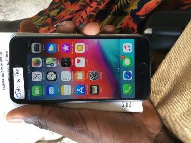 64gb IPhone 6 Condition 9/10 Going For 24k