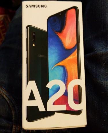 BNIB Samsung Galaxy A20