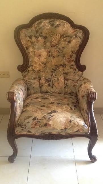 Antique Couch Set