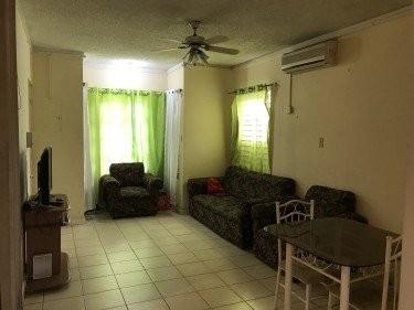 Large Spacious 1 Bedroom Studio Apartment