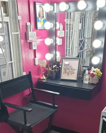 Makeup Booths For Rent