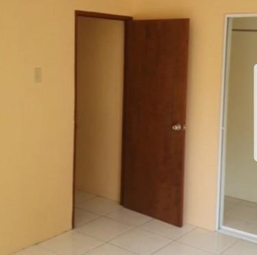 2 Bedroom 2 Bathroom Kitchen Living & Washroom