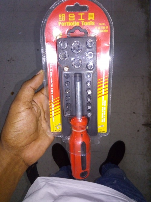 Torque Wrench/Screw Driver Set