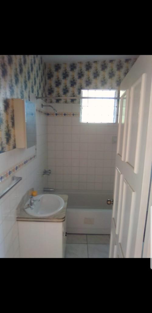 1  Bedroom Shared Kitchen & Bathroom