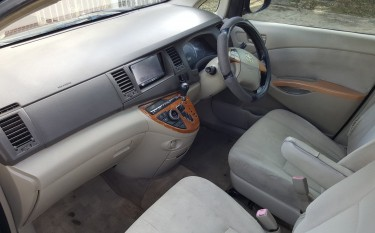 2009 Toyota Isis