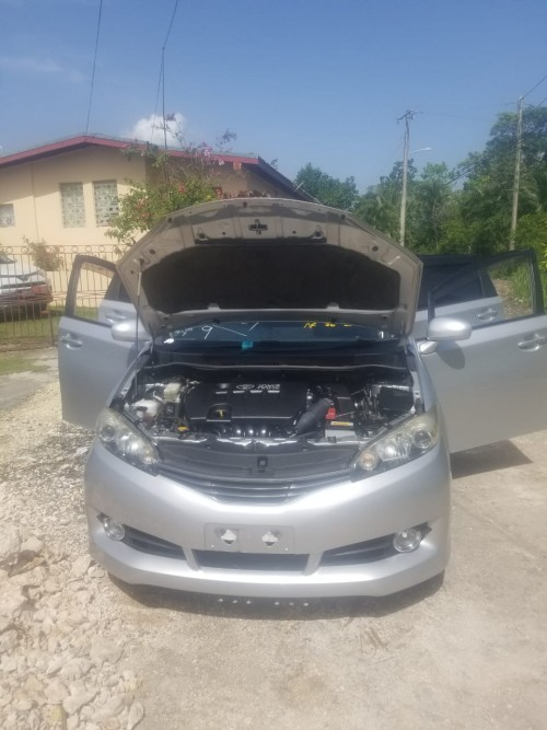 2011 Toyota  Wish Just Imported For Sale 2000cc