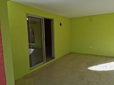Newly Refurbished 2 Bedroom 1 Bathroom House