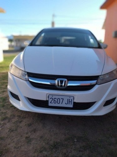 2010 Honda Stream For Rent
