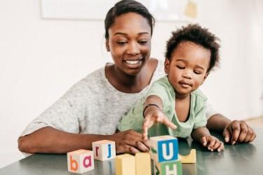 Nadie 's Babysitting Services