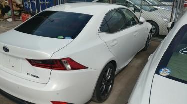 2014 IS 300h F Sport(sports Hybrid Model)