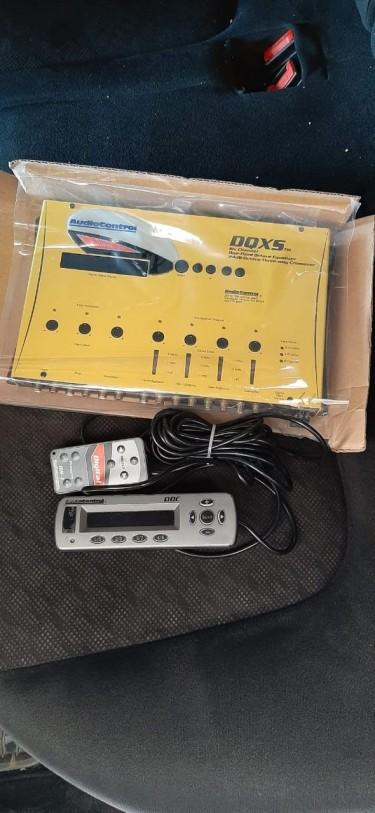 AUDIO CONTROL DQXS With Digital Dash Control