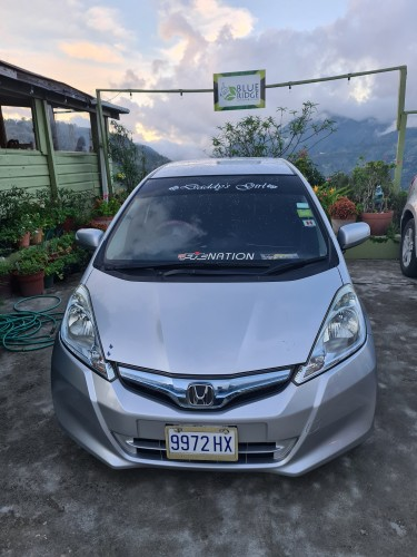 2013 Honda Fit Cars 1,100,000