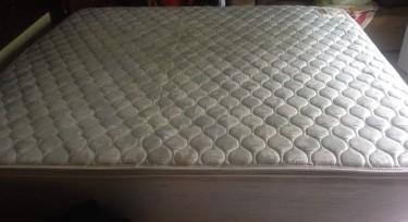 Kingsize Pillow Top Mattress