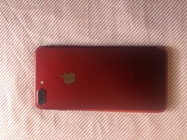 Red Iphone 7+ *256GB