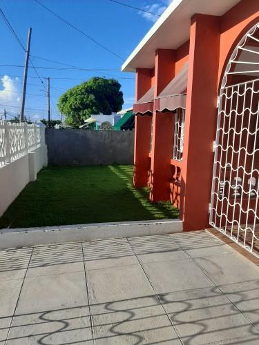 4 Bedroom 2 Bathroom, Verandah & Large Back Yard
