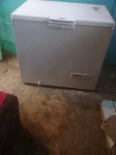 Deep Freezer Needs A New Moto Works On And Off