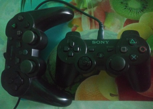 Playstation 3 (comes With Games)