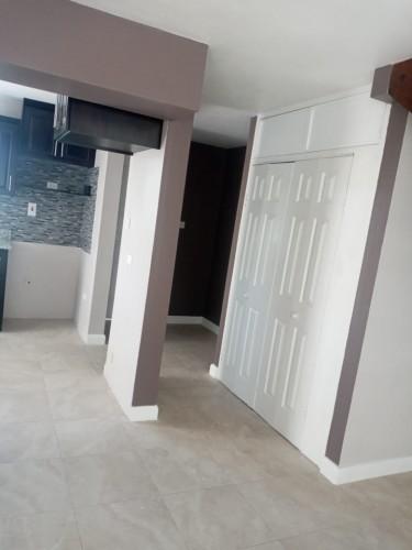2 Bedrooms 2.5 Bathrooms Townhouse