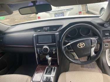 2010 Toyota Mark X