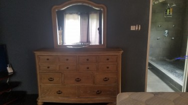 NEW ASHLEY BEDROOM SET 4 SALE WILL SELL SEPARATELY