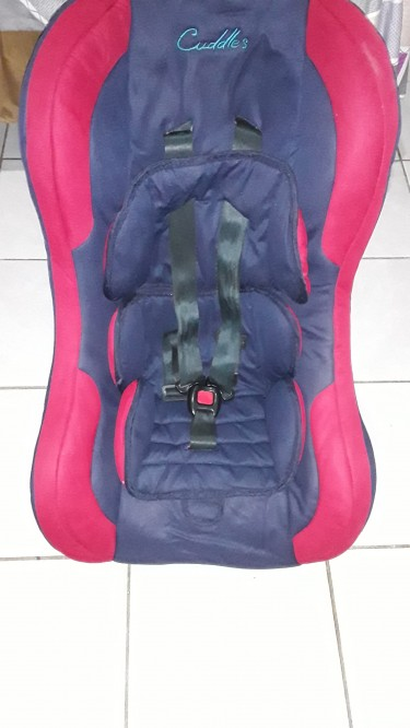 USED Kid Unisex Booster Car Seat