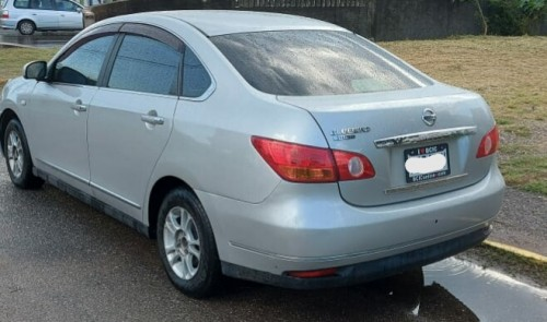 2011 Nissan Bluebird $860k Negotiable!