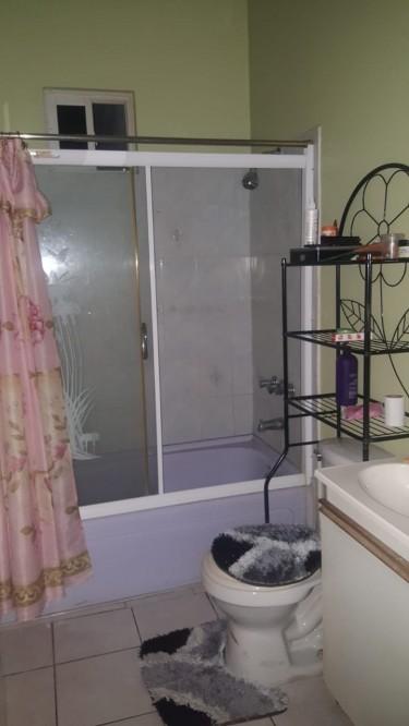 Furnish Bedroom Student Or Single Female