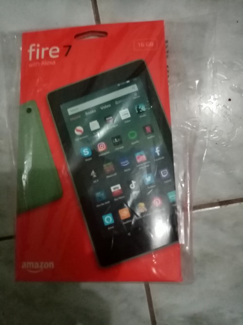 AMAZON FIRE STICK 7 TABLET WITH ALEXA - NEW