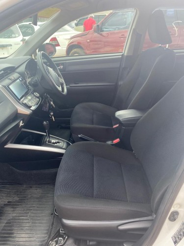 2012 Toyota Isis (New Import)