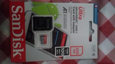 200 GB San Disc SD Card+adapter(new)