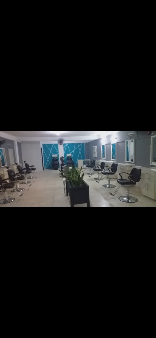 Booths Rental For Hairdressers Barbers Nailtech