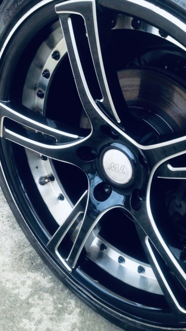 Rare!! Black Bmw 19 Inch Sport Rims & Tyres.