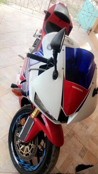 Honda 600 RR