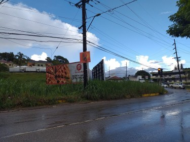 Prime Commercial Land - Caledonia Road - 1 Acre