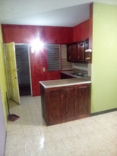 2 Bedroom Bathroom Kitchen, Living And Dining