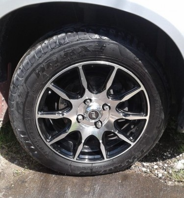 14 Rims And Tyres