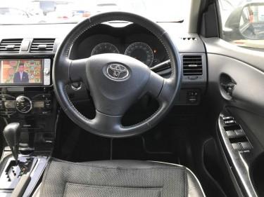 2011 Toyota Fielder