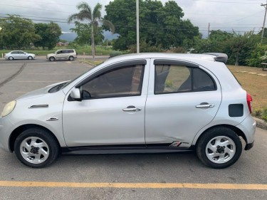 Nice Nissan March 2012
