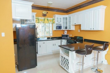 1 Bedroom Apartment - Funished  All Inclusive