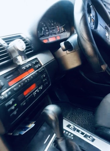 BMW 318i 2003
