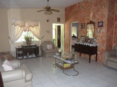 Beautiful 3 Bedroom House For Rent, St Catherine