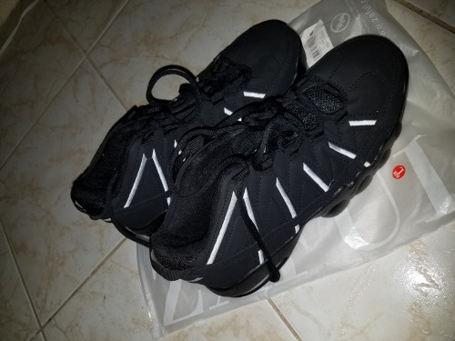Size 42 Sneakers