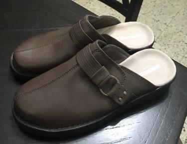 Clarks Women's Shoes Size 8