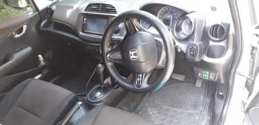 2012 Honda Shuttle Hybrid