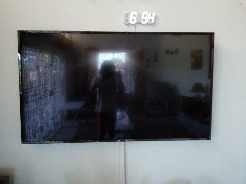 60 Inches  LG Smart Tv