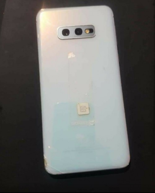 SAMSUNG GALAXY S10e (CRACK)