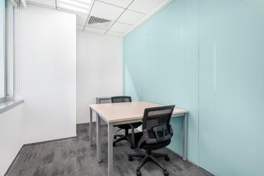 Dedicated Desk Workspace In Regus New Kingston