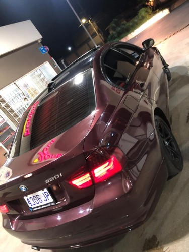 2010 BMW 320i